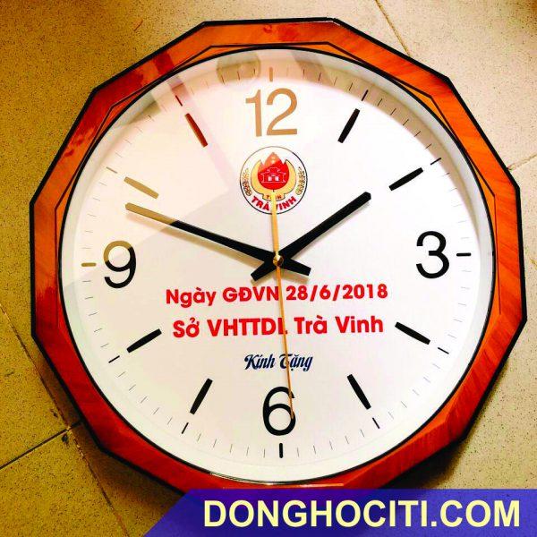 dong-ho-treo-tuong-tron (17)
