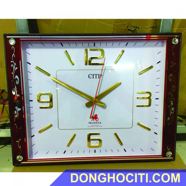 dong-ho-treo-tuong-vuong (1)